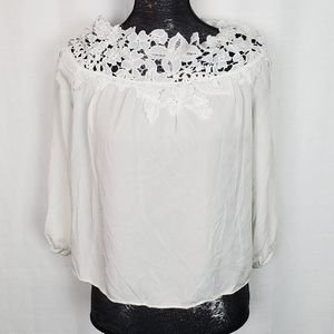 Do+Be White Lace Crop Top Small